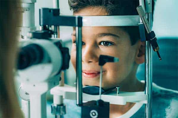 comprehensive eye exam image